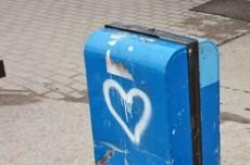 love_trash_klein